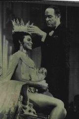 Comedian Bob Hope Crowns Miss World 1970 Jennifer Hosten, 22,  during the Ceremony at London's Royal Albert Hall.