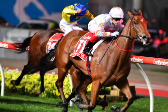 Loving Gaby charges to victory in the 2019 Manikato Stakes.