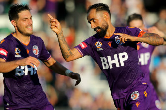 Perth Glory's Diego Castro celebrates his second goal against the Newcastle Jets on Saturday.