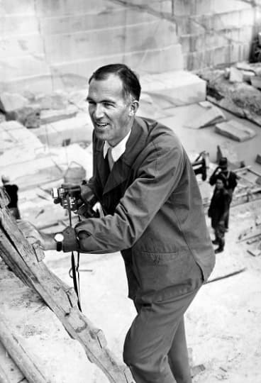 Architect Jørn Utzon on his first visit to Sydney in 1957.