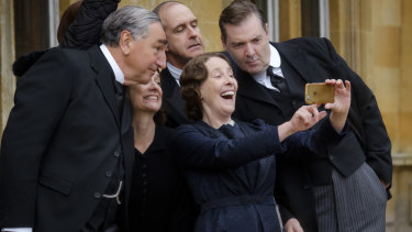 A selfie moment for Downton Abbey's much-loved cast.