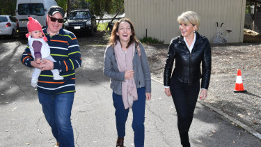 Foreign Minister Julie Bishop in the Adelaide Hills with Liberal candidate for Mayo Georgina Downer.