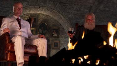 Pip Torrens as Herr Starr and Mark Harelik as Godin Preacher season 4.