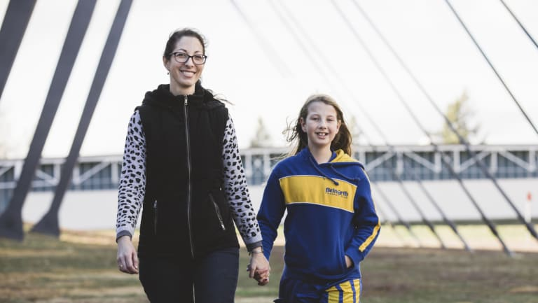 Lisa Haris with her 10-year-old daughter Jade who is playing for Belnorth in the Kanga Cup.