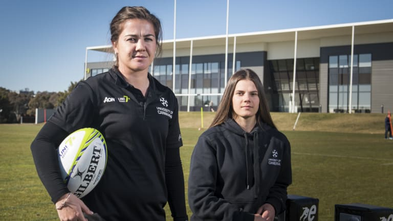 University of Canberra rugby sevens players Sammie Wood and Darcy Read.