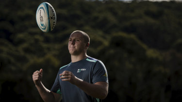 Angus Bell will start at loosehead prop for the Junior Wallabies in their U20s World Championship opener against Italy on Tuesday night.