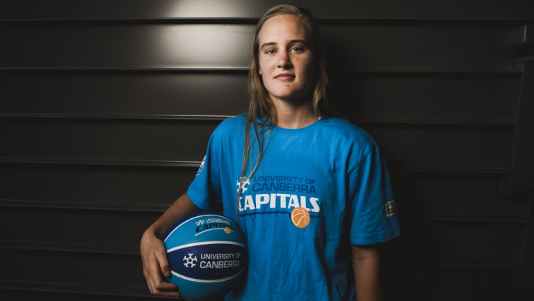 Canberra Capitals guard Kristy Wallace will miss most of 2019 but is keeping her head up.
