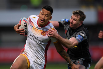 Israel Folau playing for the Catalans Dragons earlier this week.