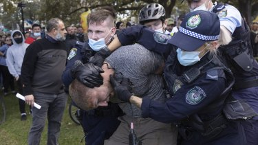Anti-lockdown protests in Sydney's CBD turned chaotic on Saturday.