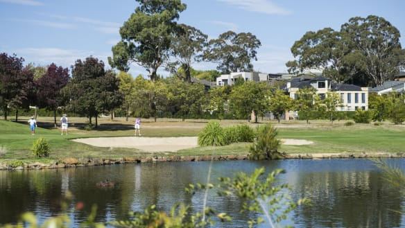 Golf course owner stands firm despite community criticism of plan