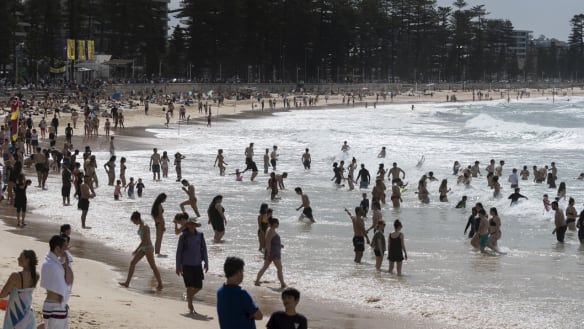 Temperature hits 34 degrees in Sydney, but expected to suddenly drop