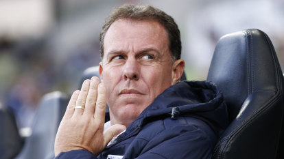 No excuses next season for Mariners, says Stajcic