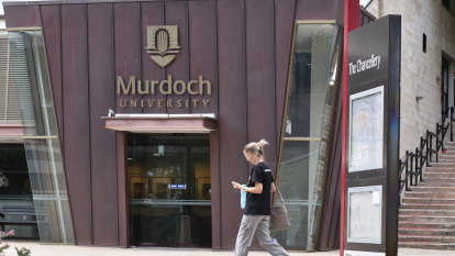 'Embarrassing': Murdoch Uni urged to reconsider ditching Indonesian studies