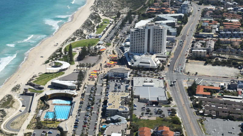 Scarborough's failed 3 Oceans site to get second life with temporary pop-up, carpark - The Age