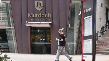 Murdoch University plans to cut its Indonesian studies.