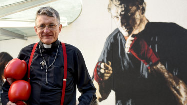 """""""Fighting"""" Father Dave Smith, to be ousted by the church following his marriage breakdown."""