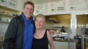 Pearce MP Christian Porter with cafe owner Mandy Smith. The Attorney General was campaigning at a prepolling station near his electorate.