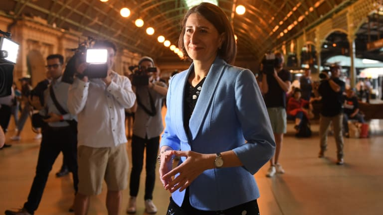 Premier Gladys Berejiklian and Transport Minister Andrew Constannce vow to start work on a fast rail network.