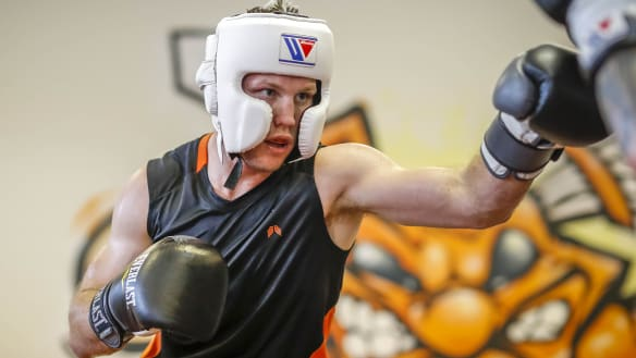 Jeff Horn enlists sparring partner who has beaten Terence Crawford