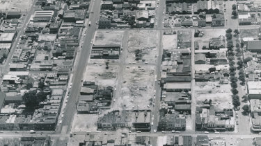 Aerial view of the Fitzroy slum clearance program, 1967.