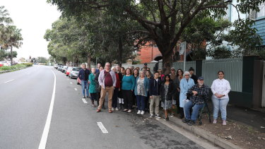 Community members against plans for a pop-up cycleway on Moore Park Road in Paddington.