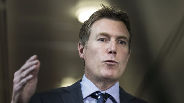 Attorney-General Christian Porter is pushing ahead with plans to merge the Family and Federal Circuit courts.