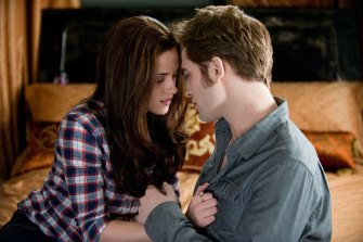 Oof. Human Kristen Stewart and her vampire crush Robert Pattinson in a scene from The Twilight Saga: Eclipse.