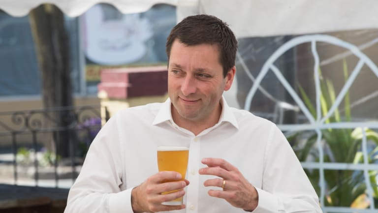 Matthew Guy enjoys a lunchtime beer on the campaign trail this week.