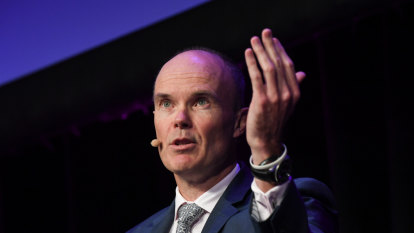 Magellan capital raising splits investment community