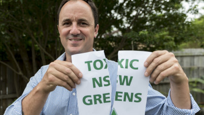 Former Greens MP lashes party over fossil fuel links
