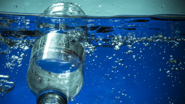 Plastic waste in oceans is of increasing importance to consumers.