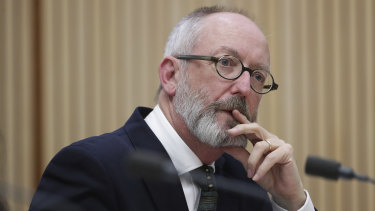 Alan Sunderland has attacked Communications Minister Paul Fletcher and the federal government over the publishing of a letter addressed to ABC chair Ita Buttrose.