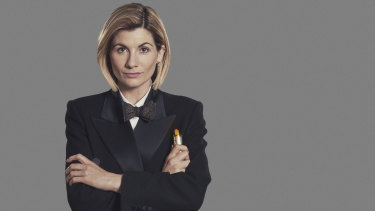 Jodie Whittaker holding what is definitely the Sonic Screwdriver.