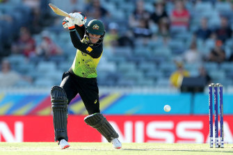 Rachael Haynes scored 60 from 47 balls to help lead the Australians to victory.