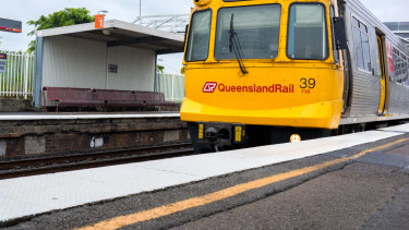 Mass train delays in Brisbane after signal fault