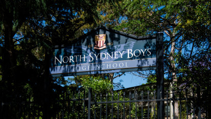 Teen arrested over copycat email threat at north Sydney school
