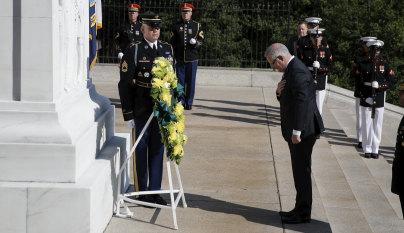 Scott Morrison honours 9/11 victim Yvonne Kennedy at Arlington Cemetery