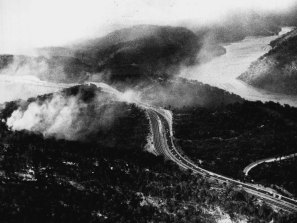 Fires crossing the expressway near the Hawkesbury River on October 4, 1971.