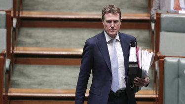 Attorney-General and Minister for Industrial Relations Christian Porter will move to have a parliamentary committee inquire into class actions.