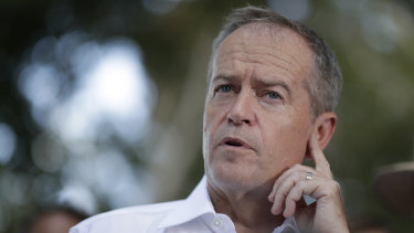 "Bill Shorten says the campaign against climate change by the Coalition ""is malicious and stupid""."