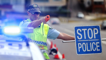 NSW Police will be able to suspend driving licences and  issue on-the-spot fines for drink-driving under new laws.