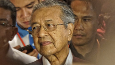 Mahathir Muhamad claims victory in Malaysia's 14th general election, but new hitches may yet emerge.