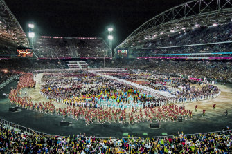 The Australian team was greeted by the loudest roar from the 110,000 capacity crowd, an ovation that seemed to last for their entire lap around the stadium. The atmosphere was electric and this was a real 'goosebumps' moment.