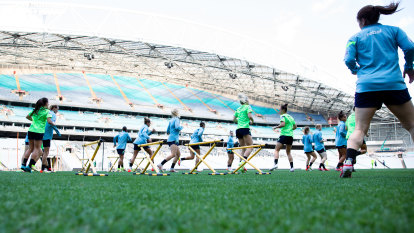 'We need to face this head-on': Matildas' uneasy homecoming