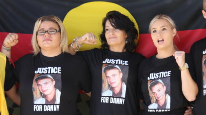 'No more deaths in custody': Family speak outside Danny Whitton inquest