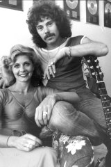Alan Lancaster and his wife, Dayle, at their Rose Bay home in 1979.