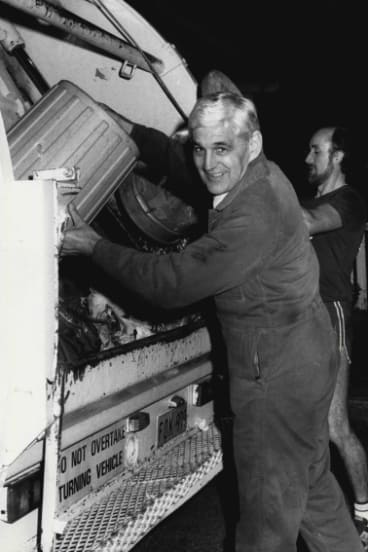 Ted Mack silencing the garbos with a trial of a later  7am bin collection, 1984.