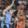 Taipans strike against Breakers in NBL win