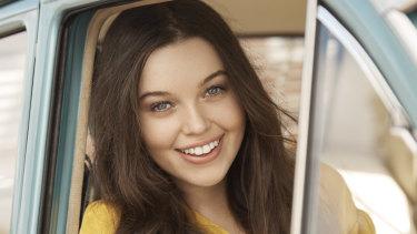Maggie McKenna will return to Australia to star in Fun Home.