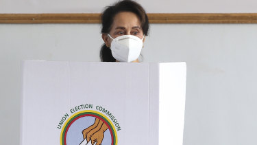 Myanmar's leader Aung San Suu Kyi votes ahead of Sunday's general election in Naypyitaw.
